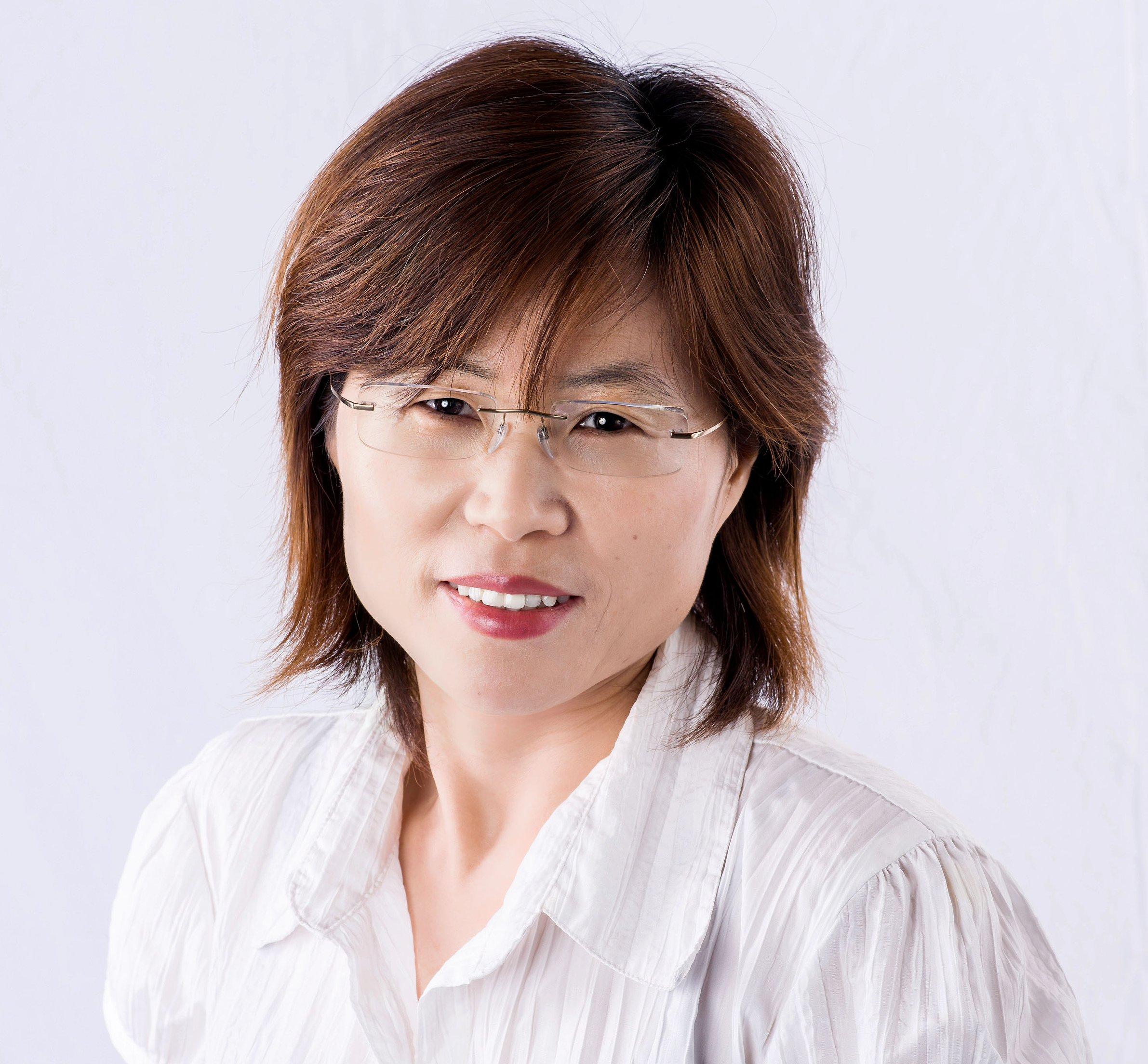 Xiaohua Huang