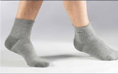 A Multicriteria Decision Approach on Physical Properties of Socks Made from Different Fiber Types