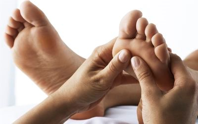 Comparing palm Reflexology and Slow-stroke Massage on Fatigue in Hemodialysis Patients
