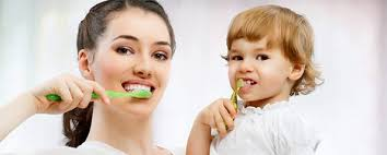 Study of Pediatrician Knowledge Level about Children Oral/Dental Health during Residency Program between 2012 and 2014 in Medical Universities